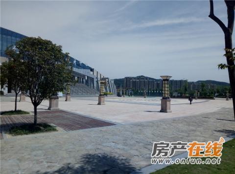 亚之洲广场实景图