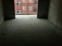红卫红果林三室二厅二卫112平米5楼毛坯46万环境好