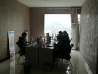 北京中路中环世贸两室两厅113平米电梯普装55万