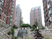 火车站辰泓建材市场下方100米畔山林语小区精装三室步梯房5/7 仅需48万