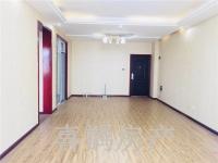 北京路市政府正对面 华府名邸 电梯矮层大三室出售 132平米