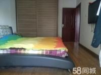 柳林路八一里三居室精装修热暖齐全63万115平方出售