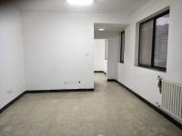 江苏路铂金广场一室一厅一卫50平米电梯房急售