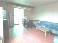 红卫汽车学院校园内三室一厅