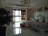 北京南路豪华装修四居室,家具家电齐全,拎包入住。