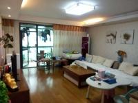 香格里拉,精装三房,业主要在武汉买房,诚心低价急售。