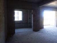 天津路 泰山绿谷对面 3室2厅2卫 126平 62万