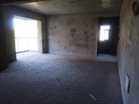 民生国 际三室双卫毛坯电梯房,转合同可贷款,采光好单价低