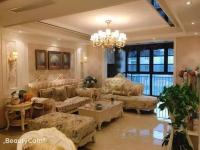 豪装大三房,电梯中层采光前后无遮挡,家具家电齐全,拎包入住。