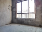 和昌三期125平3室2廳2衛毛坯雙陽臺通風采光非常好
