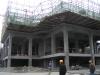 楼房已经建到第二层,预计5月份推出